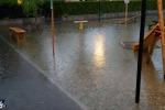 Bomba d'acqua si abbatte su Catania, provincia nel panico