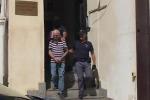 Fiancheggiatori Messina Denaro, uscita degli arrestati dalla questura
