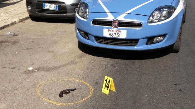 bandito ferito, Palermo, tentata rapina, Palermo, Cronaca