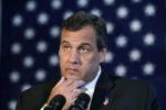 """Christie: """"Tracciare gli immigrati come pacchi della FedEx"""""""