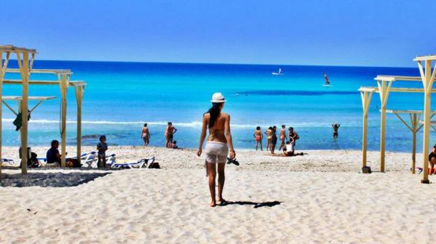 estate, vacanze estive, Sicilia, Economia