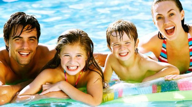 bambini, città, estate, famiglia, Sicilia, Società