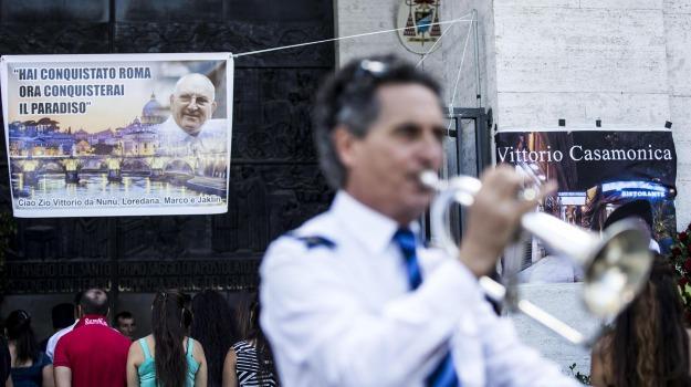boss, Casamonica, clan, funerali, mafia, polemica, Sicilia, Cronaca