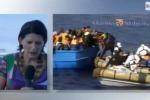 Malore per l'inviata del Tg3 a Catania, sviene durante il collegamento - Video