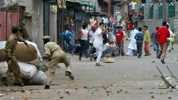 agguato, convoglio militare, india, Kashmir, scontri, vittime, Sicilia, Mondo