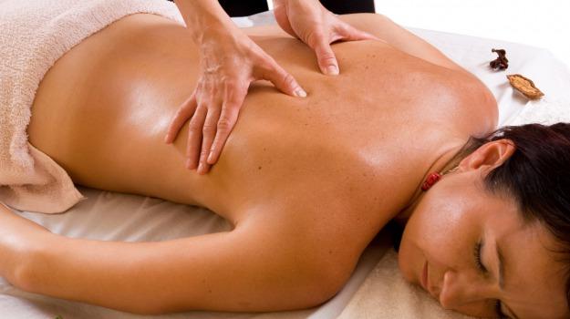 massaggi mani, Spa, trattamenti benessere, Sicilia, Società