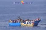 Mostra fotografica sottomarina sui migranti a Lampedusa
