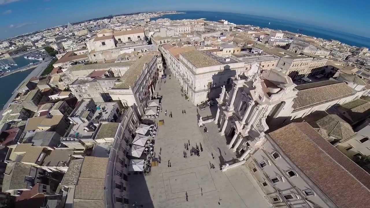 Ortigia controlli fra i locali del centro storico chiuso for Centro benessere siracusa ortigia