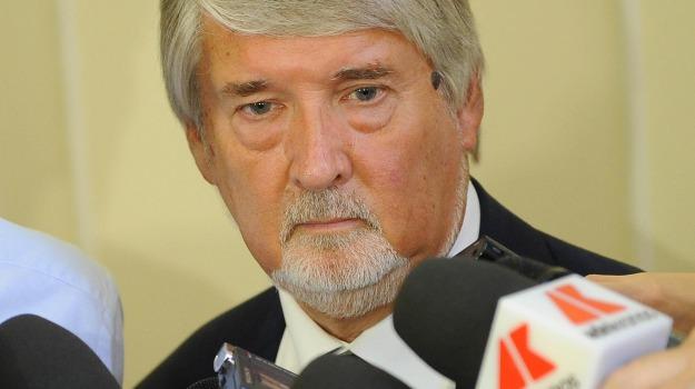 contratti, incremento, LAVORO, ministro, tempo indeterminato, Giuliano Poletti, Sicilia, Politica