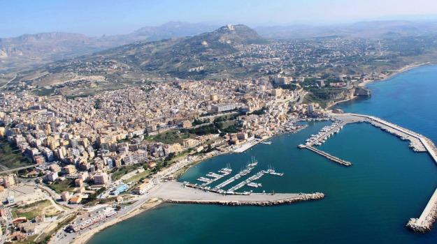 Sciacca, terme, turismo, Agrigento, Economia