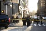 Paura a New York: un uomo uccide un agente e poi si suicida