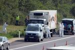 Profughi morti dentro un tir in Austria, rinvenuti oltre 70 cadaveri