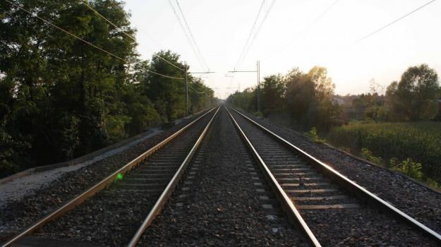 tragedia, treni, Sicilia, Mondo