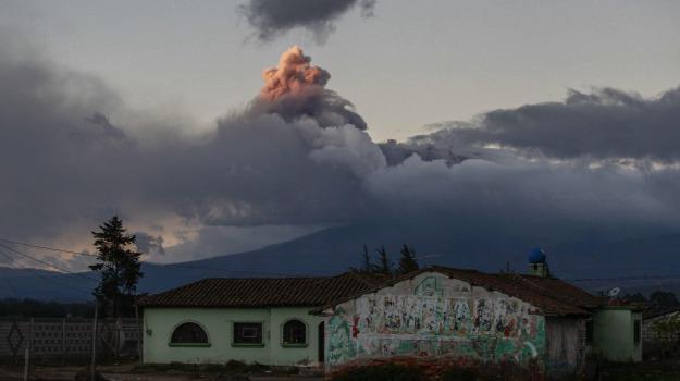 Cotopaxi, Ecuador, evacuazioni, vulcano, Sicilia, Mondo