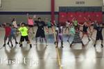 Aerobica a ritmo di rap, come un maestro fa divertire i suoi alunni