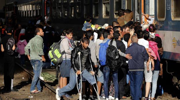 Austria, profughi, Sicilia, Mondo