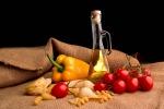 Contro gli infarti, la dieta mediterranea è efficace quanto i farmaci