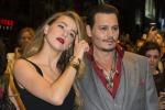 Dopo Venezia, Johnny Depp ed Amber Heard conquistano il Canada: red carpet al Toronto Film Festival - Foto