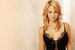"Kaley Cuoco, la star di ""The big bang theory"" divorzia dopo 21 mesi di matrimonio - Foto"