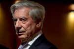 """Il premio Nobel Llosa a Palermo: """"Sciascia è ancora famoso in Sicilia?"""""""