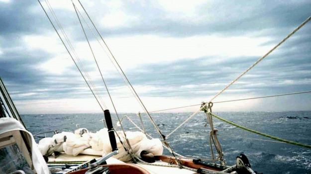 mal di mare, scosse elettriche, Sicilia, Società
