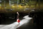 Moda, a Milano l'eleganza sbagliata di Prada - Foto