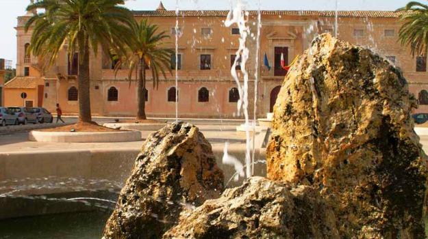 Acate comunale, Ragusa, Politica