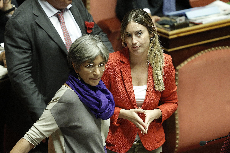 Riforme il ddl approda al senato protesta delle for Lavori senato oggi
