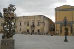 S. Margherita, progetto per abbattere un palazzo