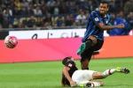 Guarin stende il Milan, l'Inter si prende derby e vetta solitaria