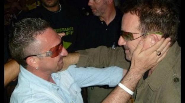 leader, sosia, U2, Bono Vox, Enna, Cronaca