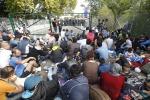 """Migranti, ministro ungherese: """"Quote obbligatorie? Decidiamo noi chi entra"""""""