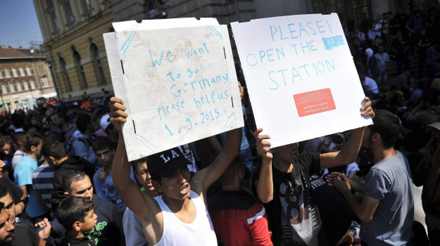 immigrazione, migranti, treni, Sicilia, Cronaca