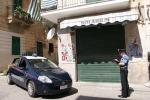 Il blitz della Zisa con 20 arresti. Le tariffe della droga: chiuso market
