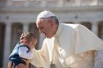 Papa: è facoltà di tutti i sacerdoti perdonare l'aborto