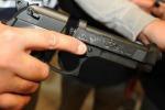 Colpi di pistola contro un autista di ambulanza a Misterbianco: ferito