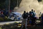 Rally in Spagna finisce in tragedia: sei morti per un'auto sul pubblico