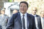 Renzi a Lampedusa, tour anche alla spiaggia dei conigli - Video