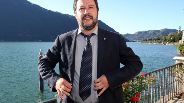 c'è posta per te, canale 5, Matteo Salvini, Sicilia, Cultura
