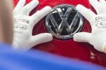 """Volkswagen, lo scandalo coinvolge anche la Bmw: """"Truccati test anche in Ue"""""""