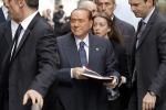 """Berlusconi: """"Sono costretto a rimanere in politica"""""""