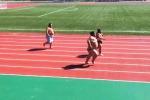 Sulla pista d'atletica ci sono... i lottatori di sumo - Video