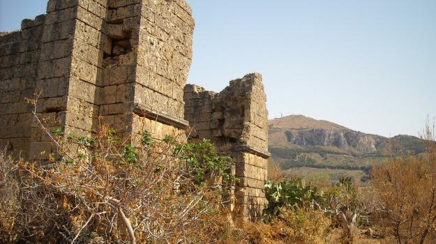 archeologia, Chiesa, resti umani, Palermo, Cultura