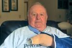 Paura a Morton, ex militare 70enne sventa una strage di bambini