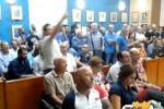 """Crisi industriale"" a Gela, il sindaco dispone le bandiere a mezz'asta"