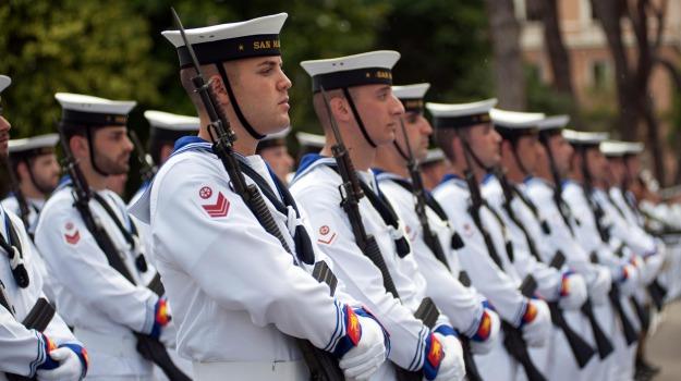 concorso marina militare, lavoro sicilia, Sicilia, Economia