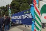 Trasporto pubblico, protesta a Palermo contro i tagli della Regione - Video