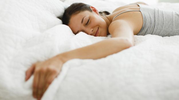 posizione a letto, sonno, Sicilia, Società