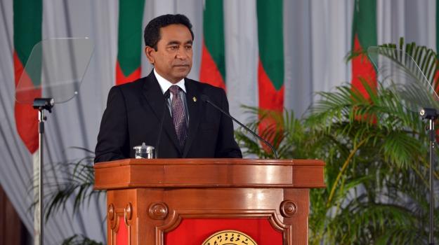 esplosione, Maldive, motoscfo, presidente, scoppio, Sicilia, Mondo