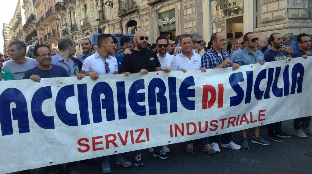 acciaierie, LAVORO, Catania, Economia